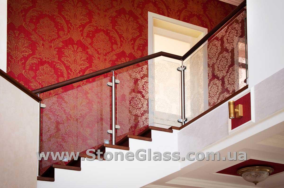 схема крепежа стеклянной перегородки к потолку